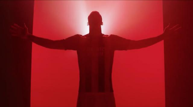 AC Milan presenterar ny hemma - Zlatan med i filmen